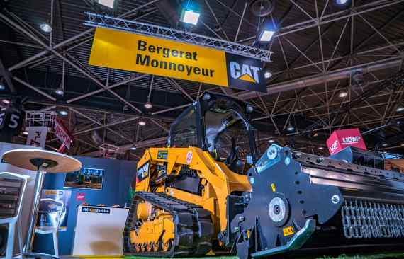 vacexpo stand caterpillar conception realisation lyon